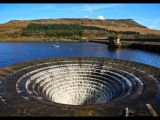 Ladybower Reservoir by Stuart MATHER