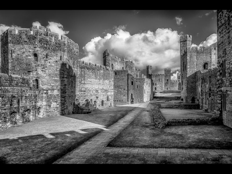 Caernarfon Castle by Tim MCANDREW